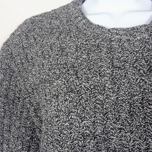 Old Navy Crew Neck Sweater  Gray Size large